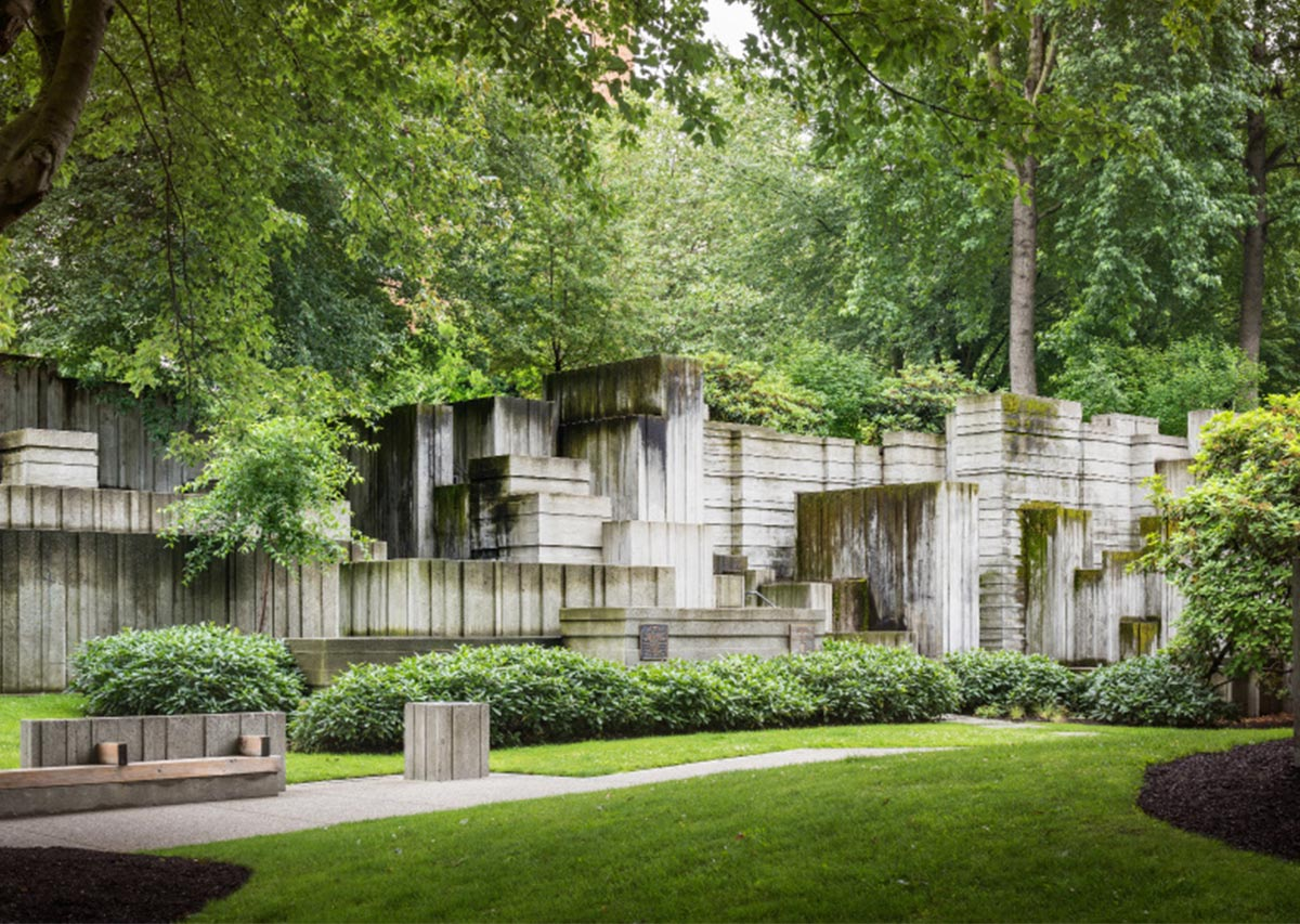 An image of Freeway Park.