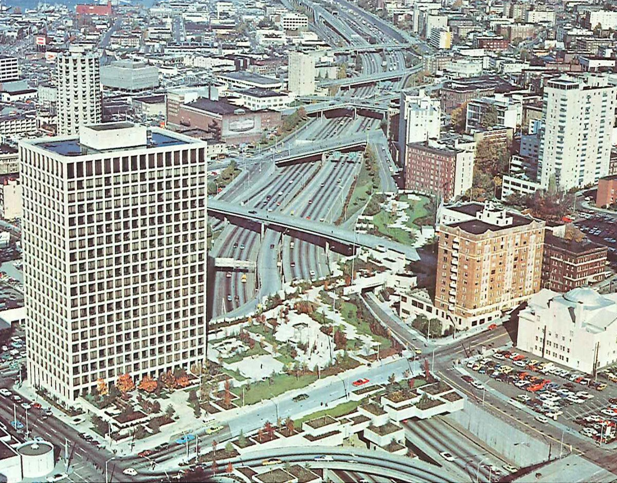 Aerial image of Freeway Park in the 1970s.