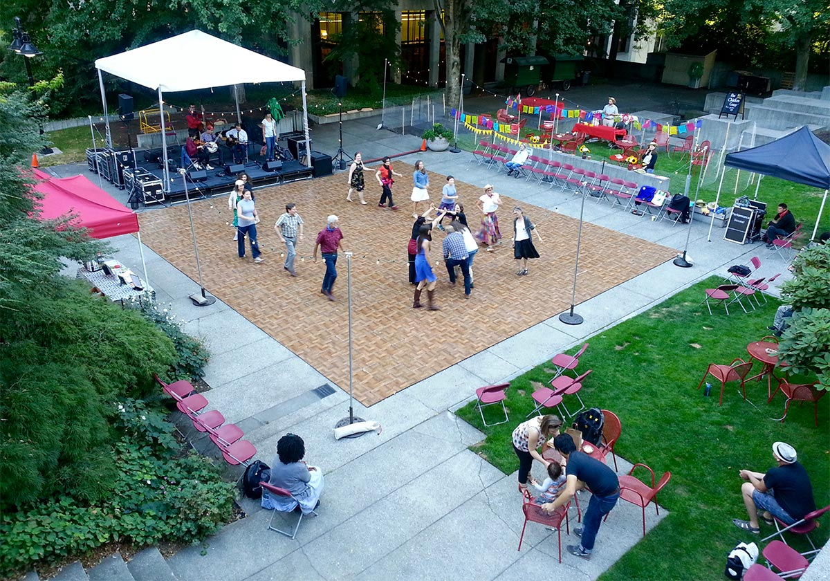 Image of summer events in Seneca Plaza.
